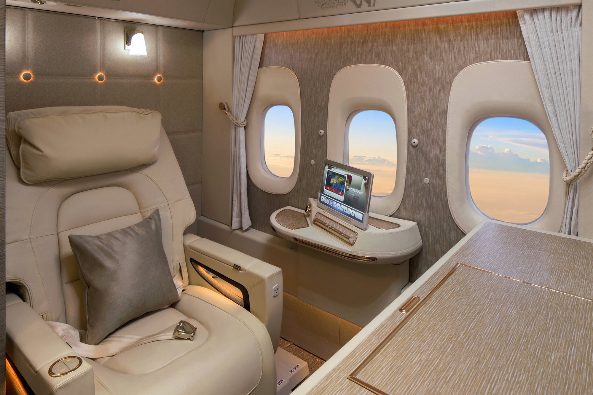 Emirates restarting Singapore flights on 18 June with new First Class Suites