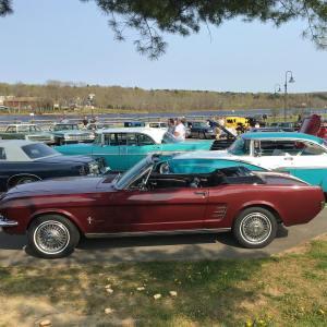 Gardiner-Classic-Car-Cruise-in-Maine
