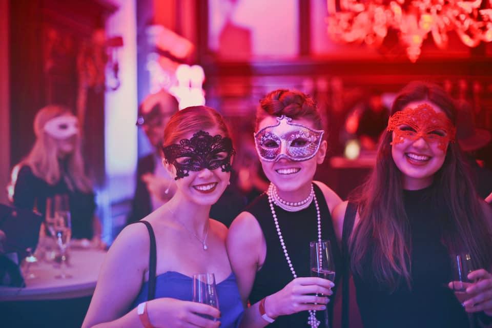 New-Year-Eve-Oak-Table-Bar-Augusta-Maine-2019