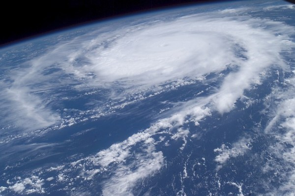 Solar + Storage Can Speed Recovery from Hurricanes