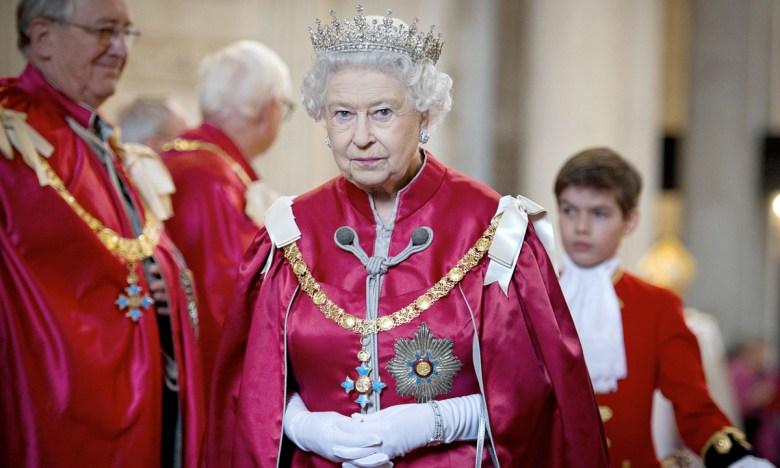 Елизавета II налоги