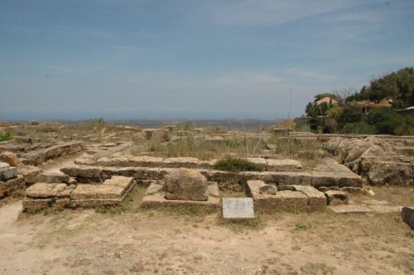 Cyrene, tempel van Hekate. De opstandige joden hebben dit heiligdom vernietigd. We weten niet precies waarom uitgerekend deze tempel het moest ontgelden.
