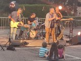 Les quatre membres du groupe OK CAROLE sont restés sur scène près de deux heures.