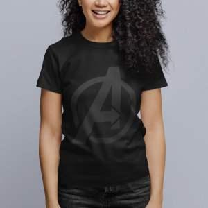 Camiseta Avengers Logo