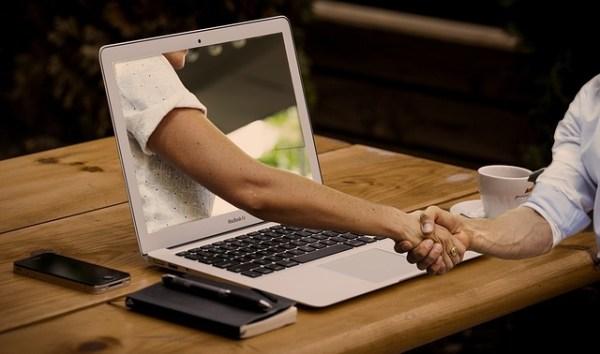 Parceria com outros blogs e artigos patrocinados