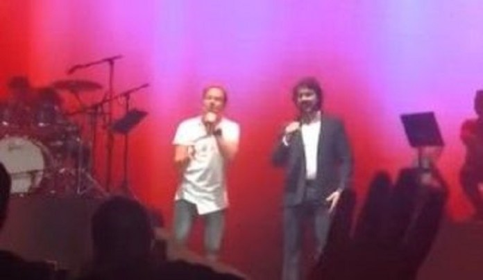 André Valadão canta com padre Fábio de Melo