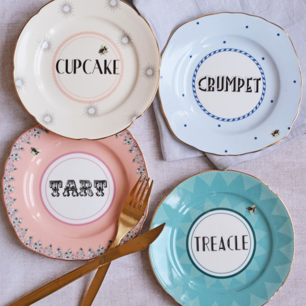 Yvonne Ellen Cheeky Cake Plates, Set of 4
