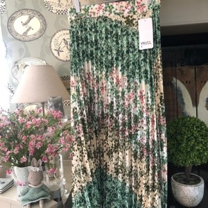 Ditsy Floral Pleated Skirt in Pink & Green