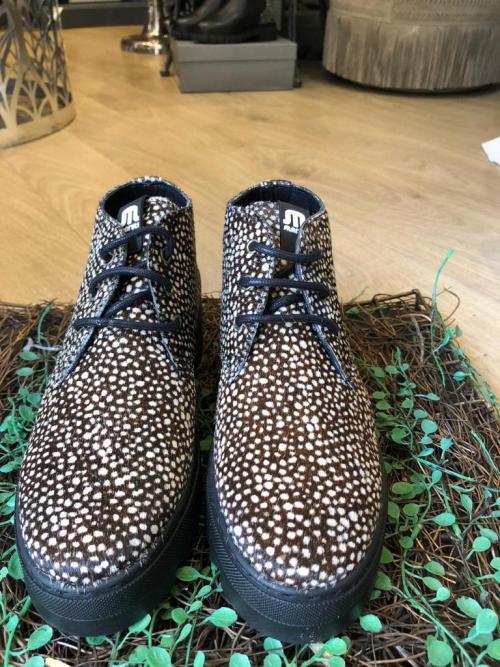 Maruti Trix Boots in Light Brown