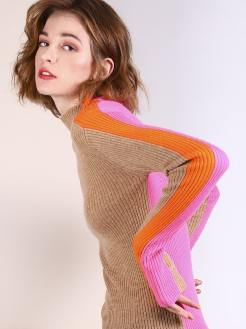 Ribbed Knitwear in Camel & Pink