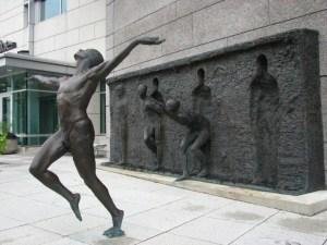 La liberté, sculpture de Zenos Frudakis