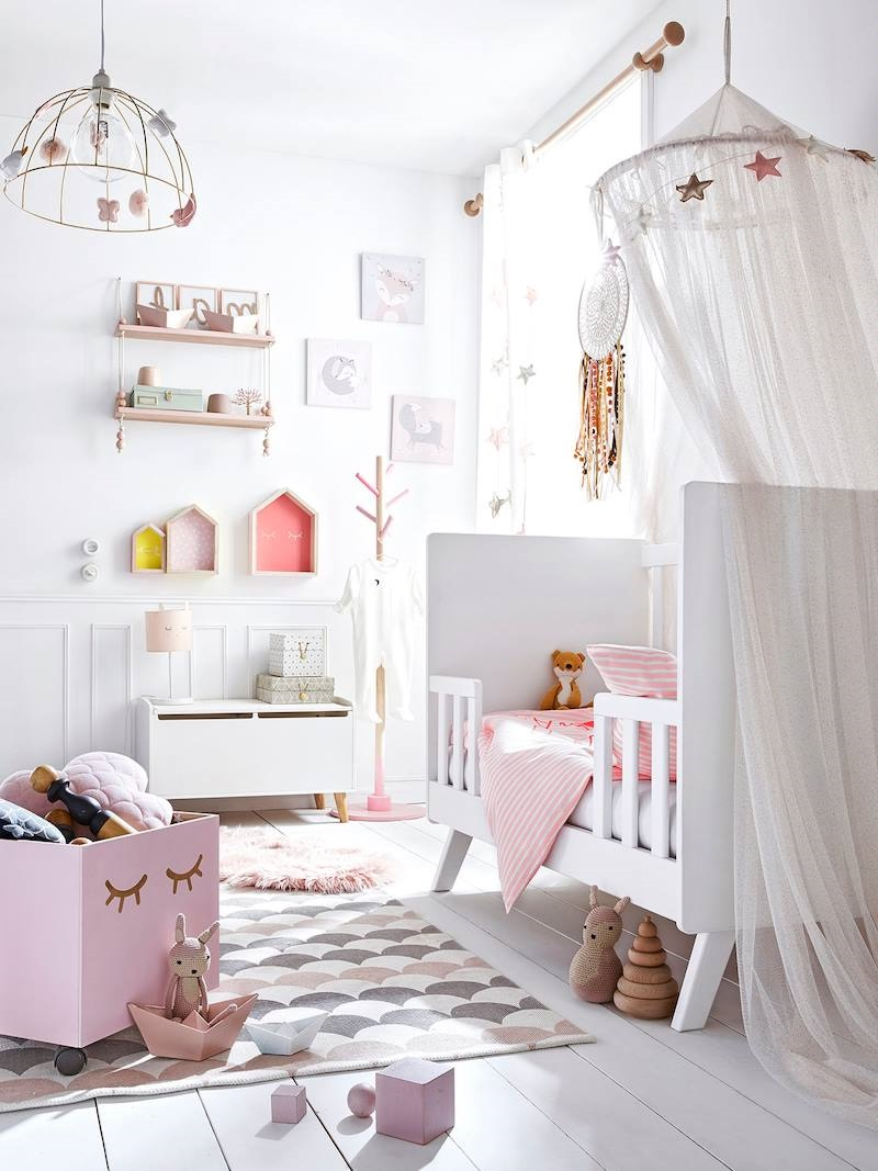 chambre bebe fille rose et gris 15