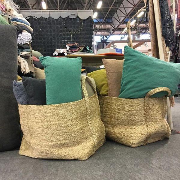 Our big jute baskets looking great as storage for @comptoirdesteintures