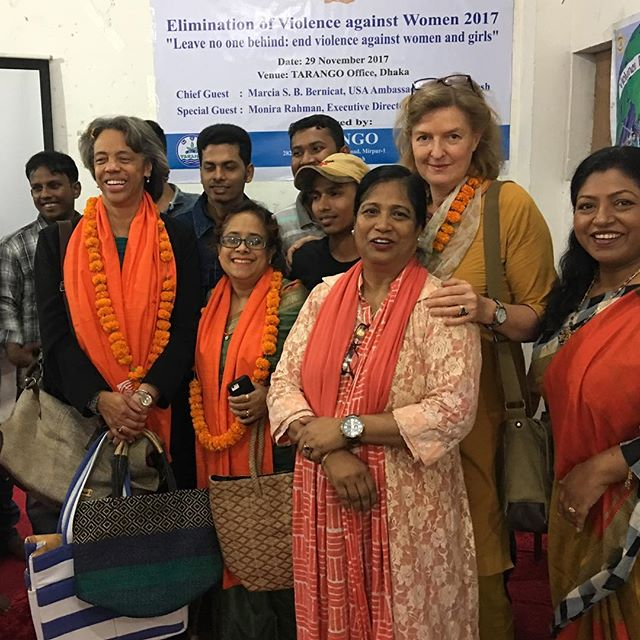 As part of the current campaign of activism against gender-based violence, the US Ambassador visited our partner organisation in Dhaka today to honour the work Kohinoor (centre) and her team are doing