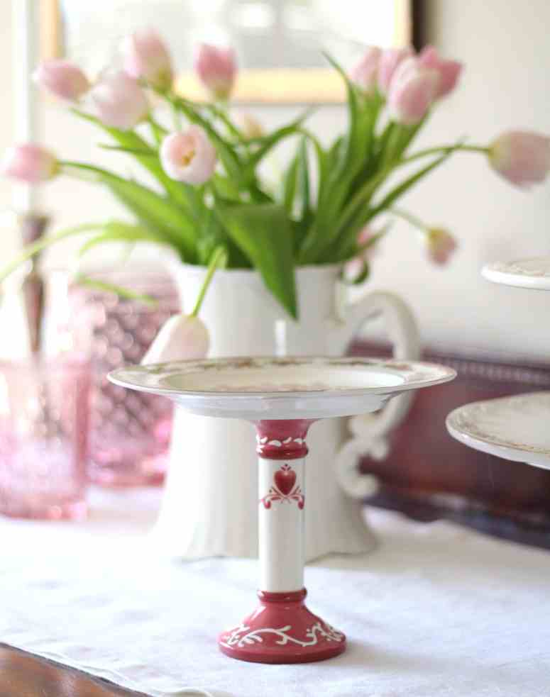 pink-tulips-cake-stand-valentines-day