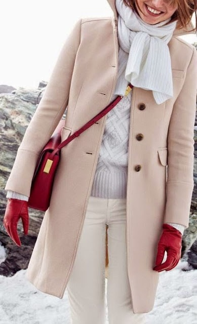 touch-of-red-handbag