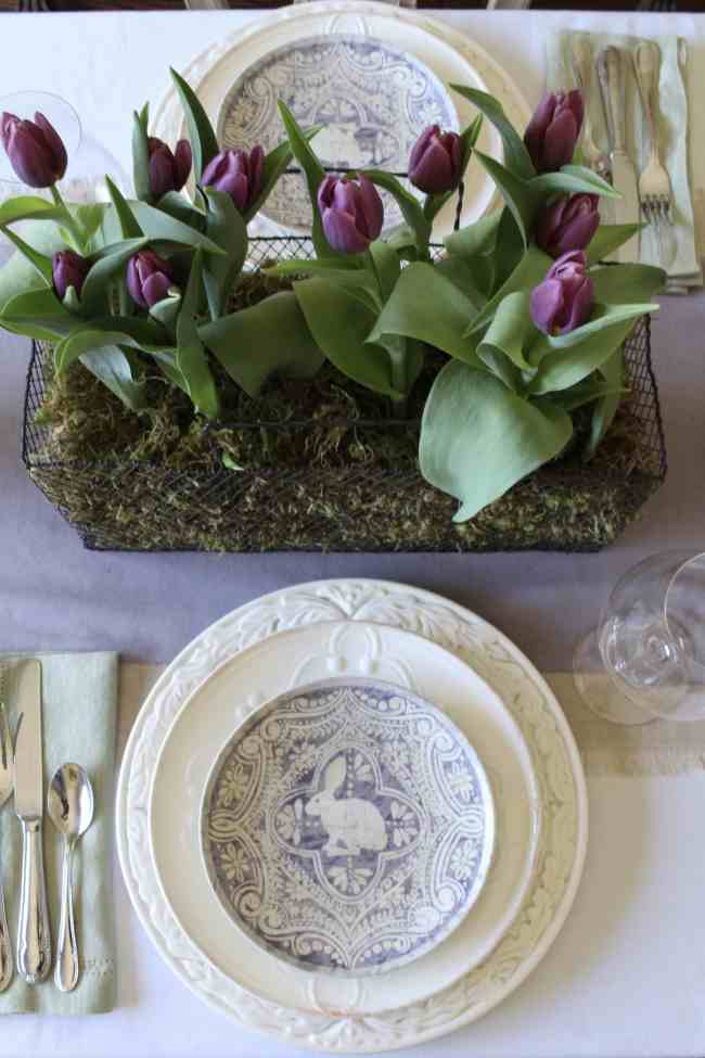 gorgeous-purple-tulips-easter-table