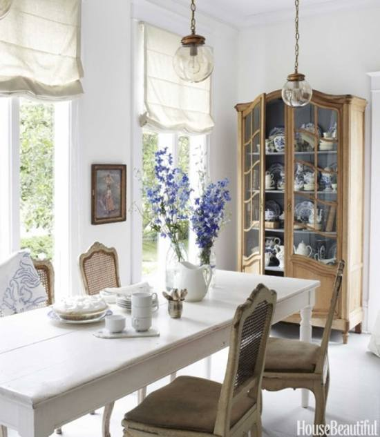 house beautiful dining rooms | Friday Favorites - Blue & White Forever!