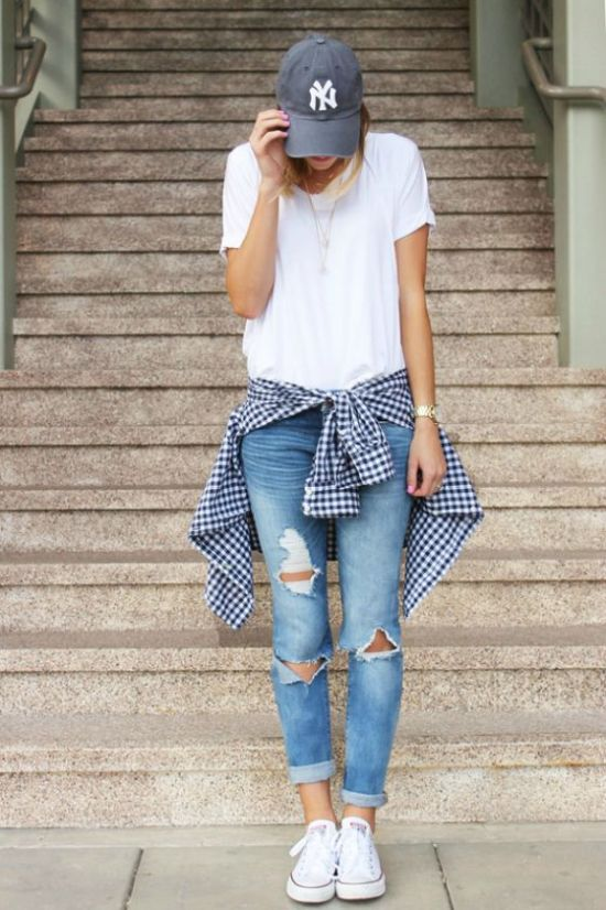 gingham-shirt-jeans-tee