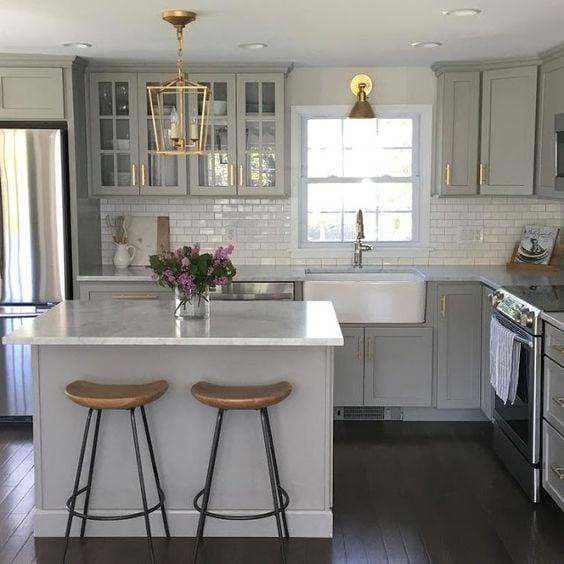 grey-and-white-kitchen-8