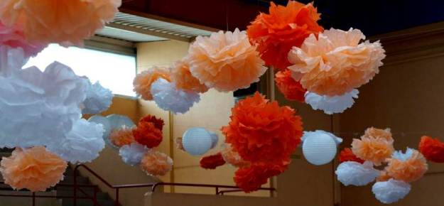 1-Pompons_plafond_mariage