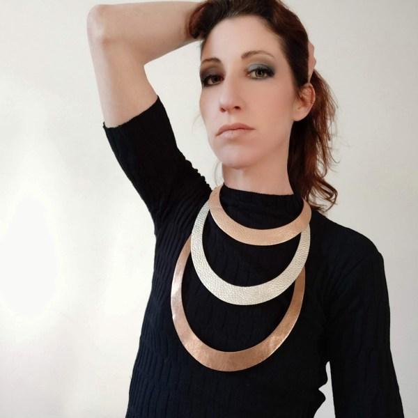collar stripes