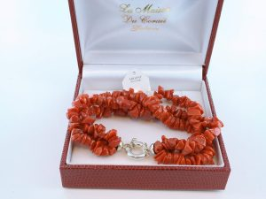 Bracelet en corail rouge véritable de Méditerranée et argent 925 par 1000 BR-CO-AR-046