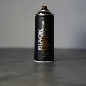 Montana Black mat spuitbus