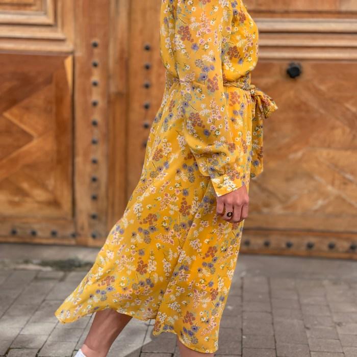 Robe-Hortense-fluide-fleurie-motifs-imprimé-fleurs-milongue-robe 7/8-robe jaune-robe mariage