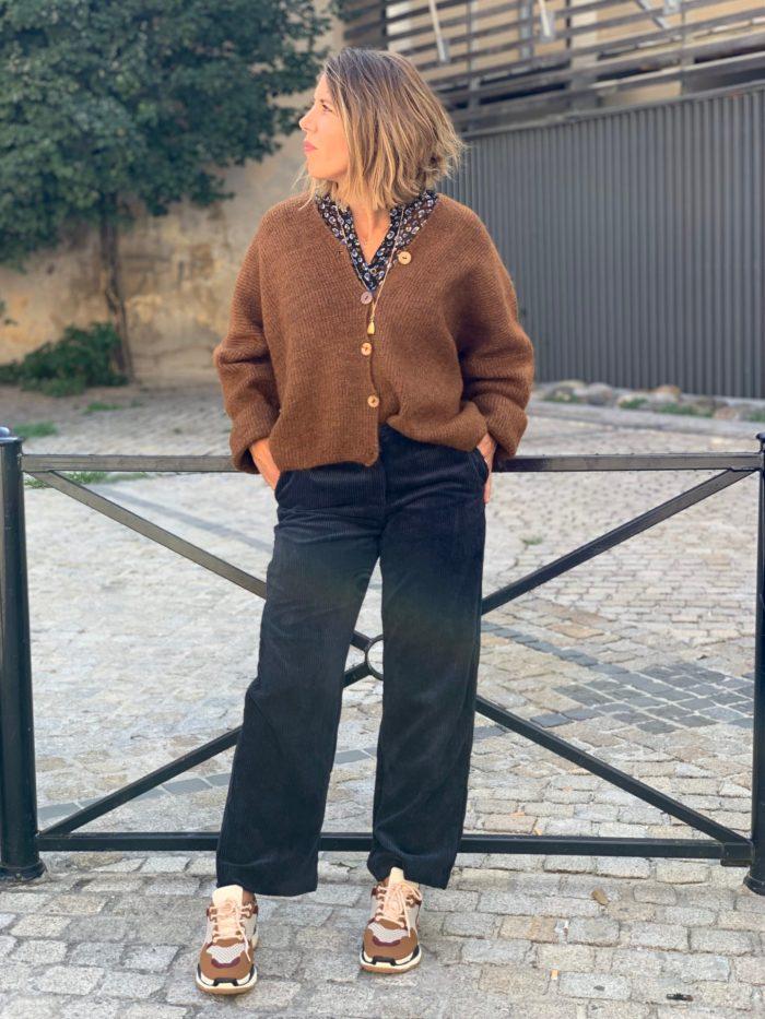 pantalon velours, tendance velours, pantalon large, velours bleu marine