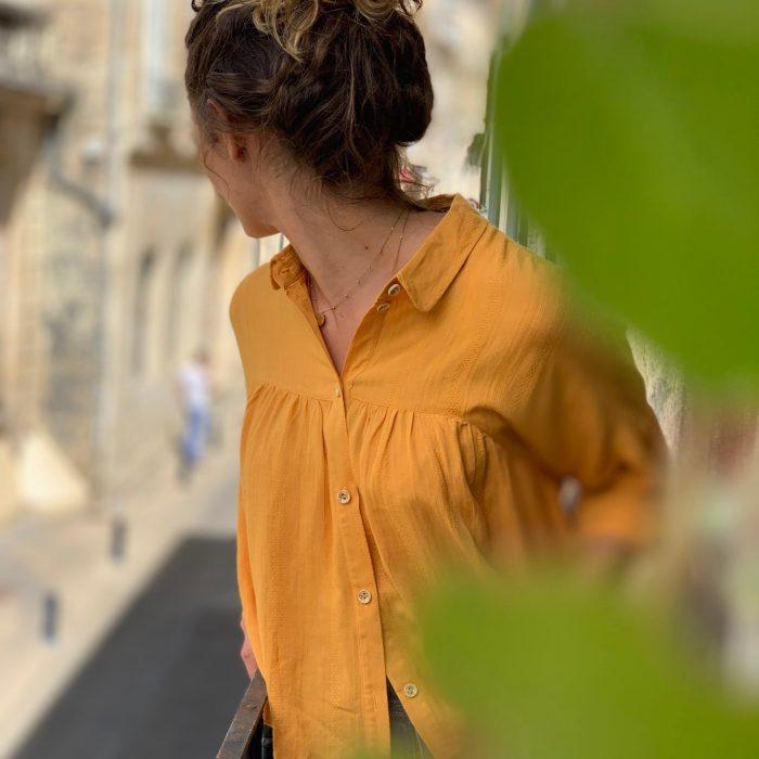 blouse fluide, blouse moutarde, blouse oversize, blouse ample, blouse manches courtes