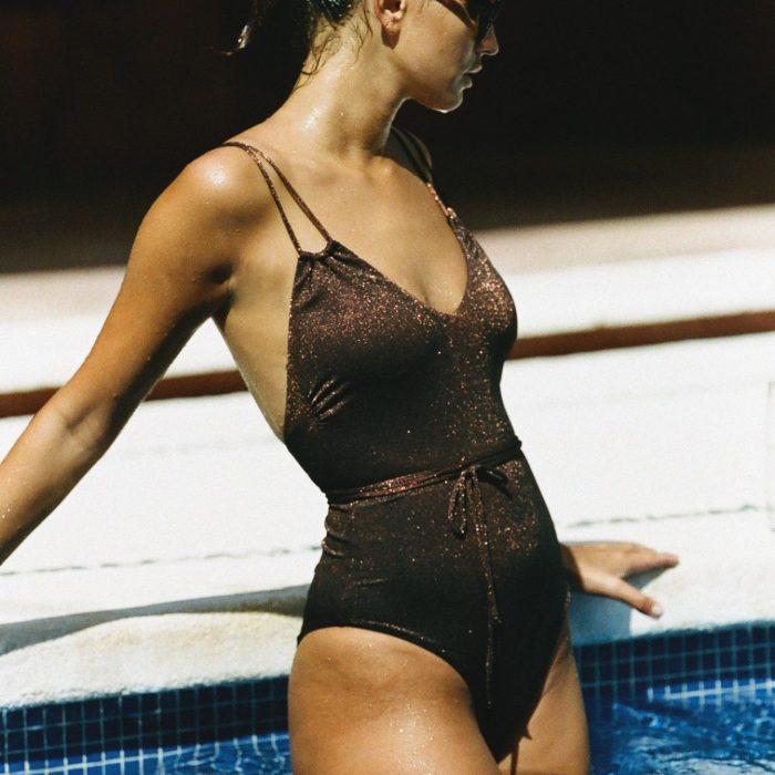 maillot de bain melrose, maillot de bain une pièce, maillot de bain lurex, maillot de bain bronze, icône lingerie
