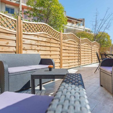 Holiday rental aix en provence terrace with outside furniture maison saint jerome
