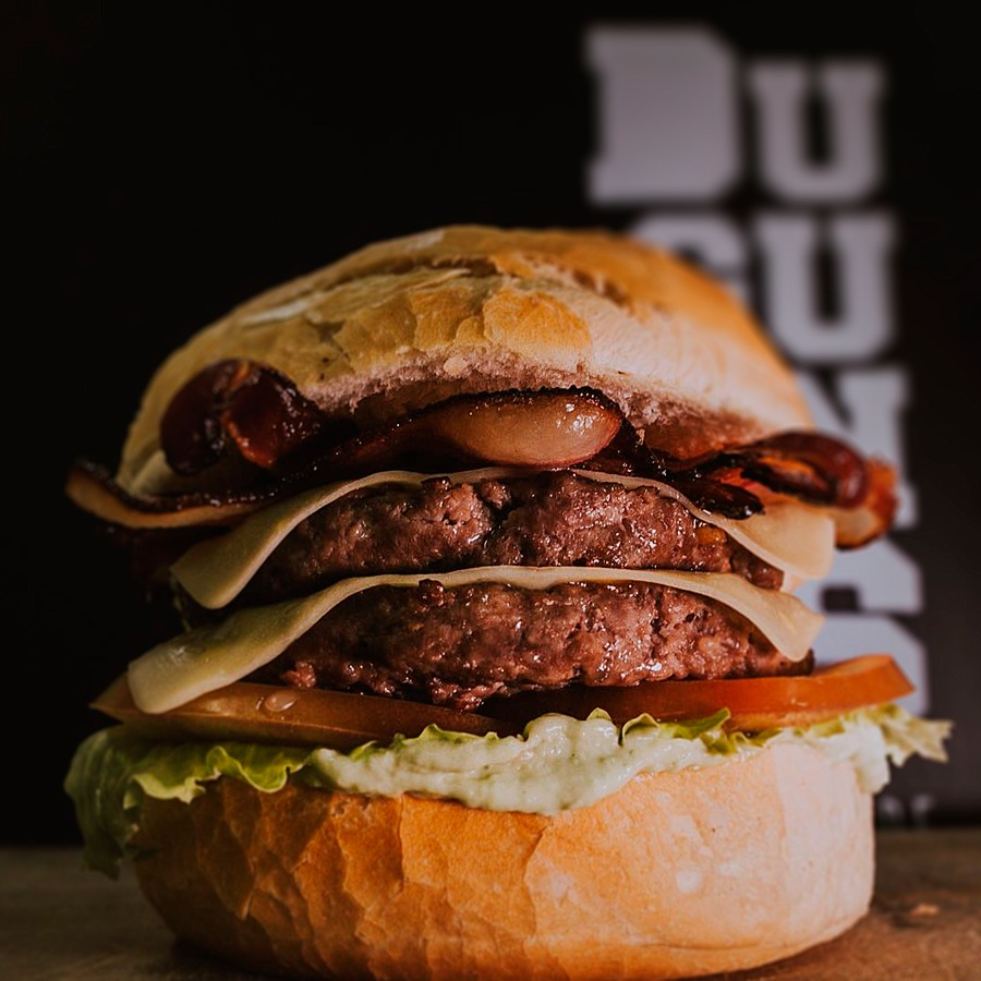 Duplex Dugurungas Burgers