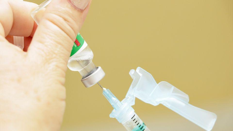 Pinhais receberá mais doses de vacina para prosseguir com imunização contra a Covid-19