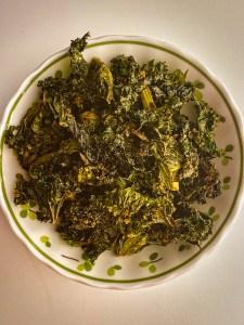 Garlicky Kale Chips (plant-based, gluten-free)