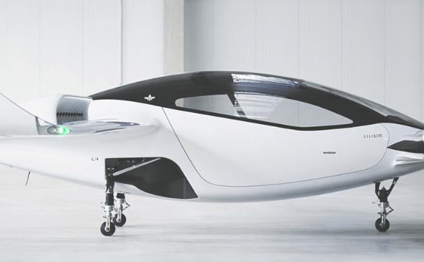 विश्वकै पहिलो उड्ने ट्याक्सीको सफल परीक्षण