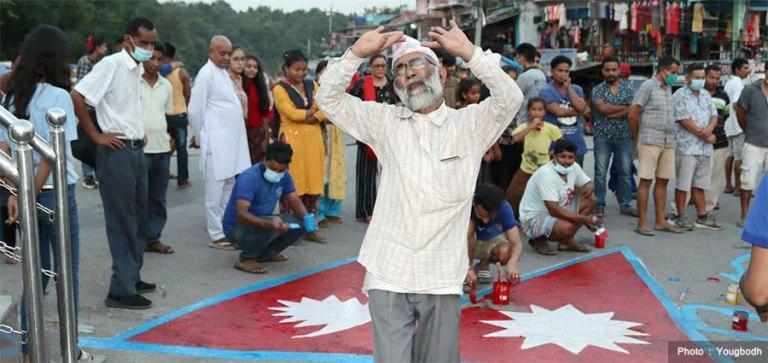 देउखुरी राजधानी बनेको खुसियालीमा बाजागाजासहित दीपावली