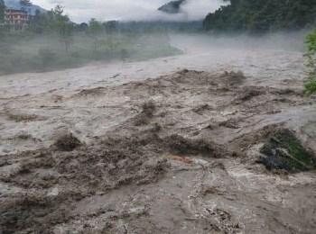बाढीपहिरोबाट जलविद्युतमा दस अर्बभन्दा बढीको क्षति