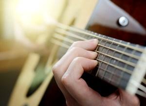 10 conseils pour améliorer sa technique à la guitare