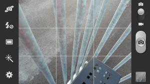 Capture d'écran d'un téléphone Galaxy S3 montrant la grille de composition.
