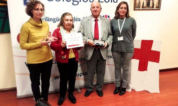 Cruz Roja Majadahonda reconoce al fundador de los colegios Zola por sus 25 años como socio