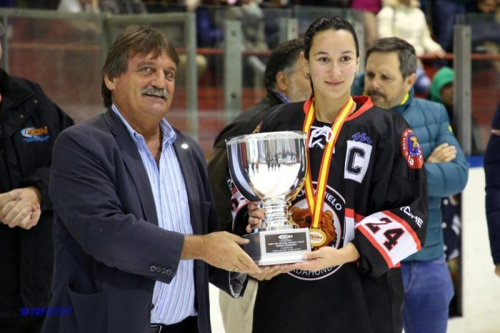 "Hockey Hielo Femenino: el ""doblete"" del SAD Majadahonda da la vuelta a España"