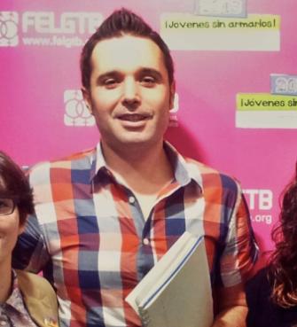 """Rubén López (Obs LGTB y Arcópoli): """"el teatro de los 2 concejales de Cs Majadahonda desagrada, ridiculiza, disgusta, no participaría en cosas de este estilo"""""""