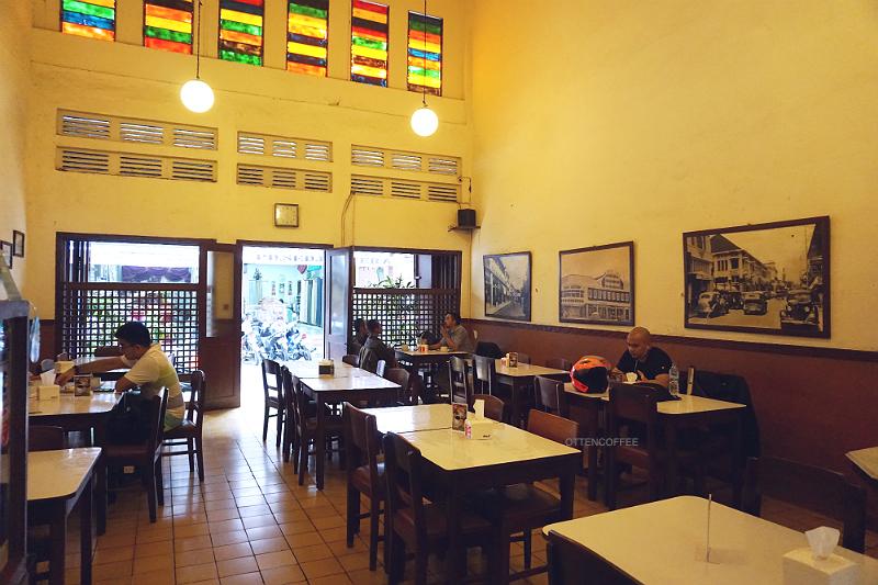 WARUNG KOPI PURNAMA BANDUNG - Majalah Otten Coffee