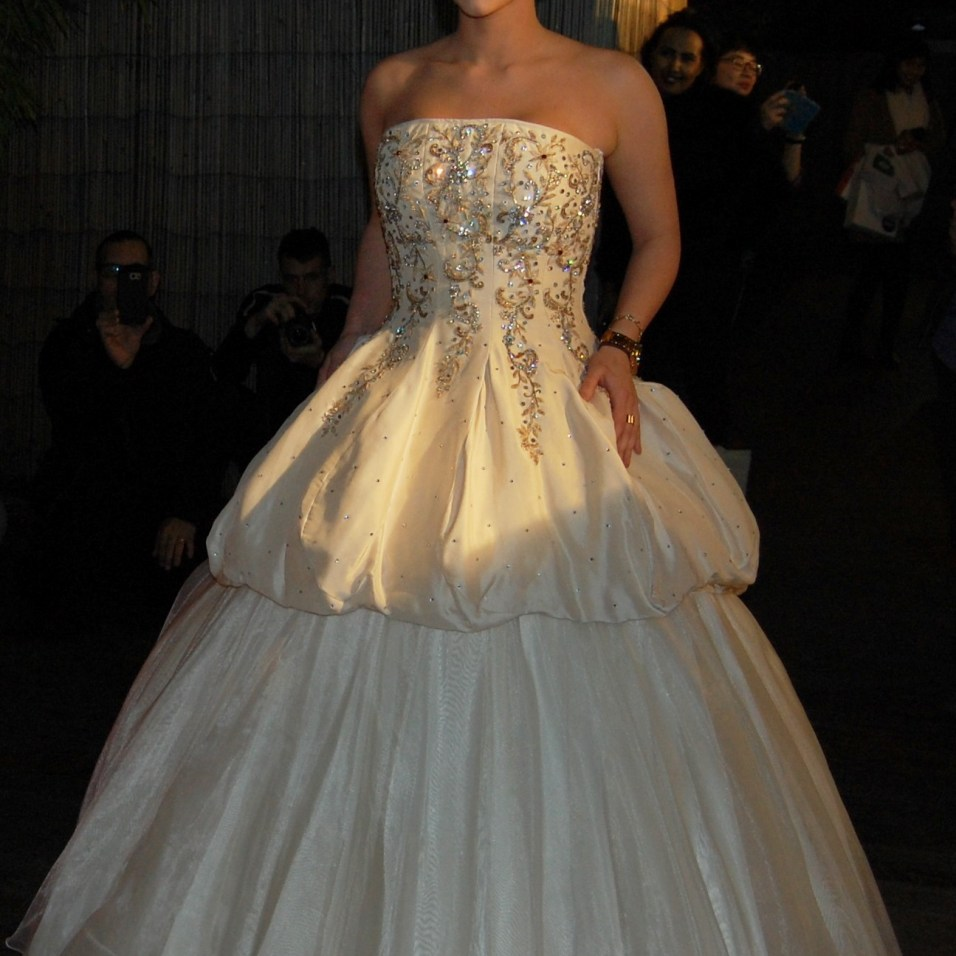 wedding dress designs by Xsazia