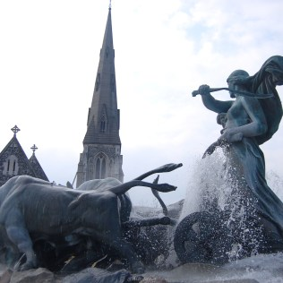 statue in fountain from photodiary from copenhagen