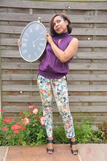 Tea party trouser look. Inspired by Alice in Wonderland lookbook