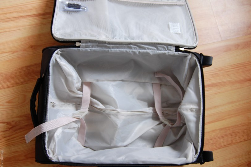 hand luggage packing tips on www.majeang.com