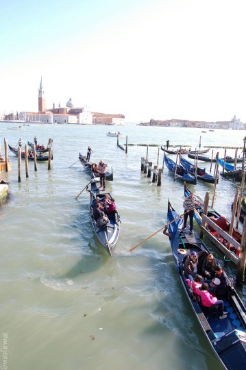 Things to do in Venice- gondola rides